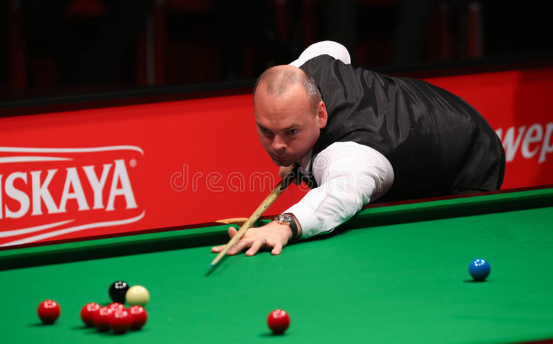Stuart Bingham. Of England pictured during a snooker friendly match against Ronnie O'Sullivan, in Bucharest, Romania, Saturday, 21 November 2015 royalty free stock images