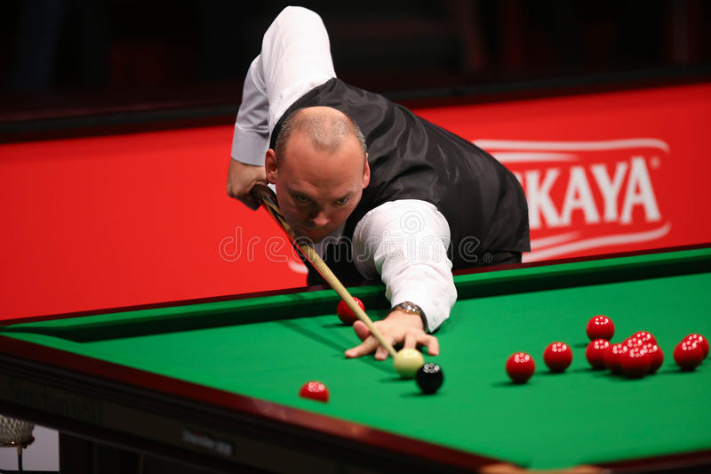 Stuart Bingham. Of England pictured during a snooker friendly match against Ronnie O'Sullivan, in Bucharest, Romania, Saturday, 21 November 2015 stock photos