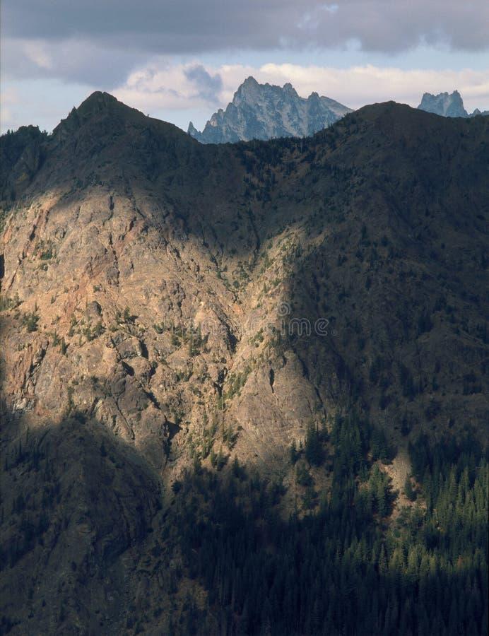 Stuart pasmo od szczytu Koppen góra, Alpejscy jeziora, Kaskadowe góry, Waszyngton zdjęcia royalty free