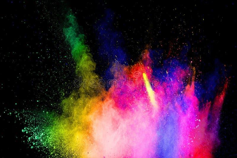 Stubarwny prochowy wybuch na czarnym tle Abstrakcjonistyczny kolorowy pył cząsteczek textured tło zdjęcia royalty free