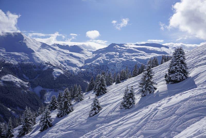Stubnerkogel widok przy Złym Gastein ośrodkiem narciarskim obraz stock