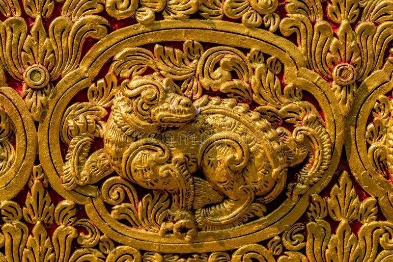 Stucco dorato tailandese fotografie stock libere da diritti