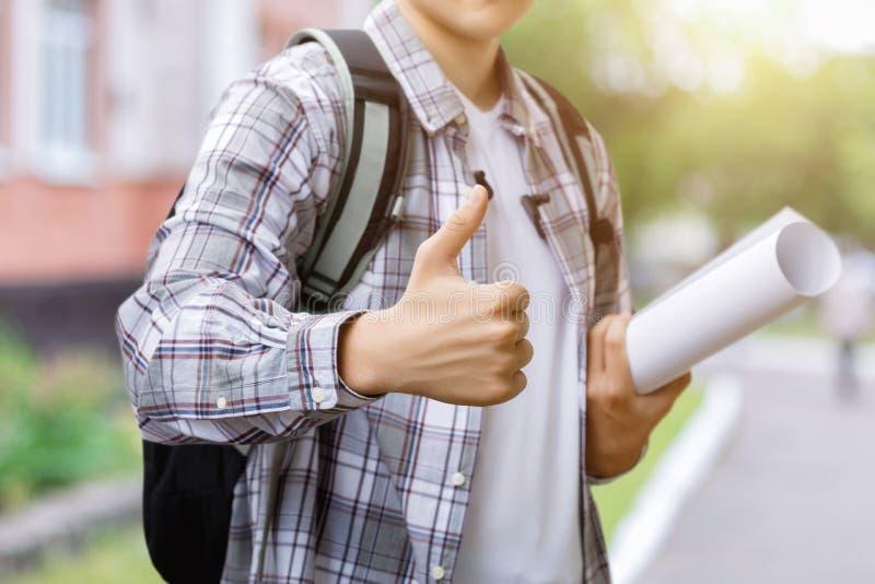 Studencka przedstawienie ręka dobra zdjęcia stock