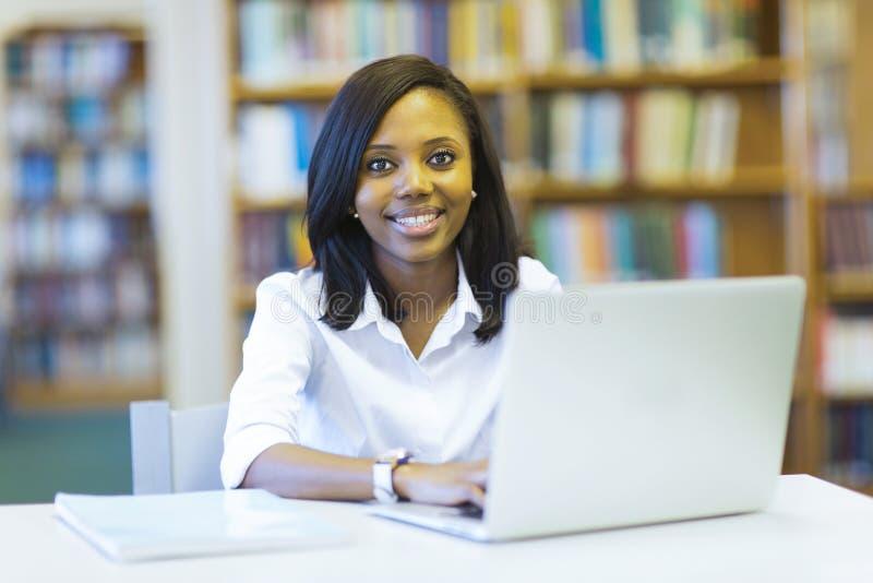 studentów do laptopa fotografia stock
