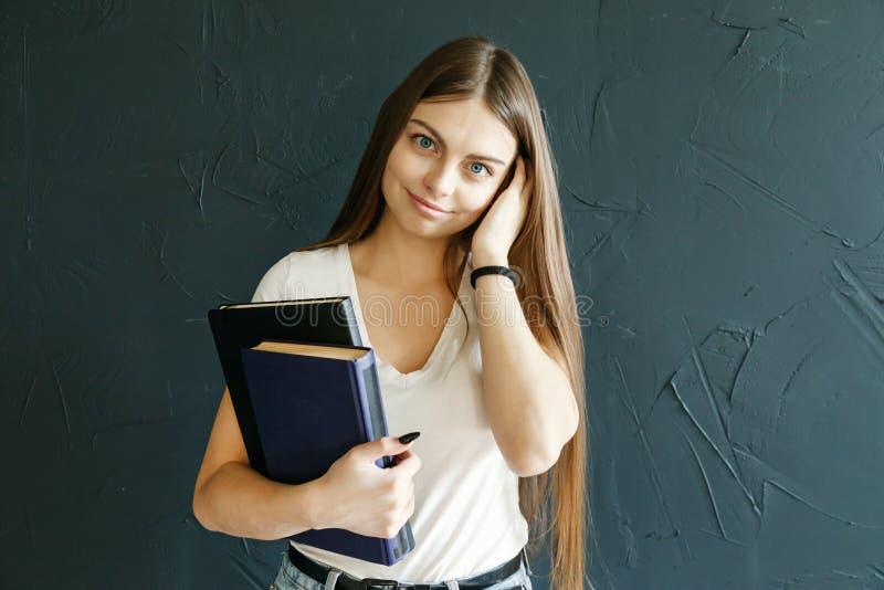 Student Girls Holding Books royalty-vrije stock afbeelding