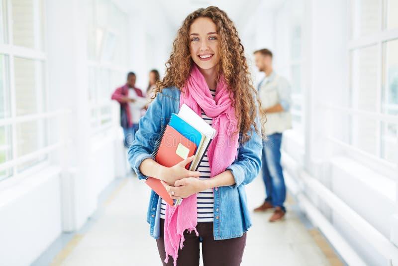 Student met boeken stock fotografie