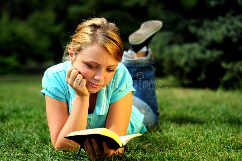 Student Reading royalty free stock images