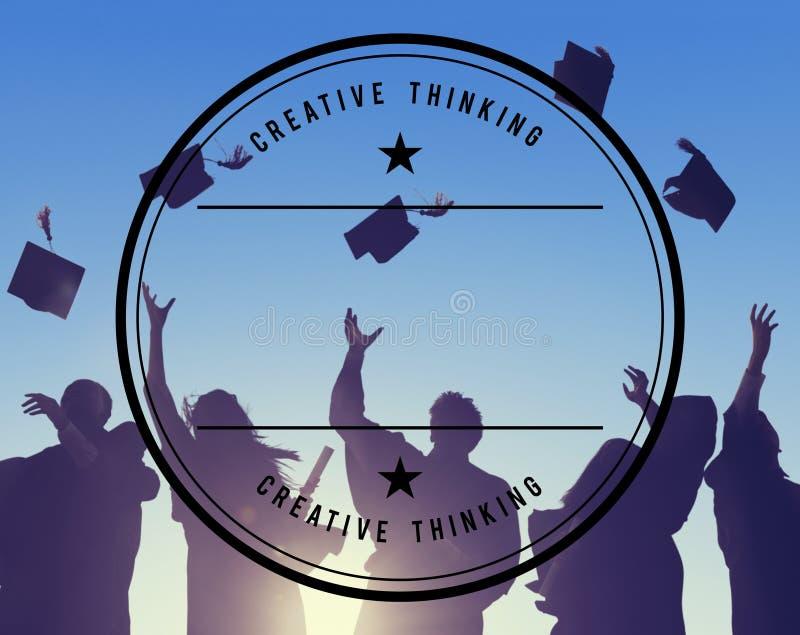Student Success Learning Concep för berömutbildningsavläggande av examen arkivbild