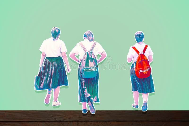 Student terug naar school op blauwe achtergrond Het knippen pathMain pastelkleurtoon royalty-vrije stock foto