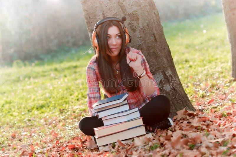 Studente imparare-audio fotografie stock
