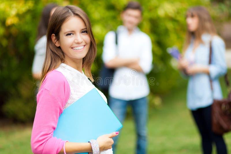 Studenten bij het park stock afbeelding