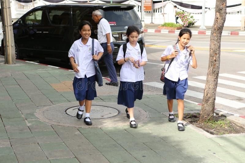 Studenten in eenvormig in Azië royalty-vrije stock fotografie