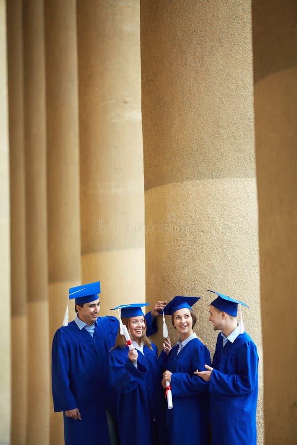 Studenten het spreken stock fotografie