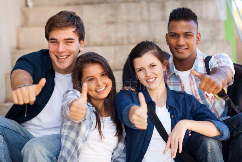 Studentendaumen oben stockfoto