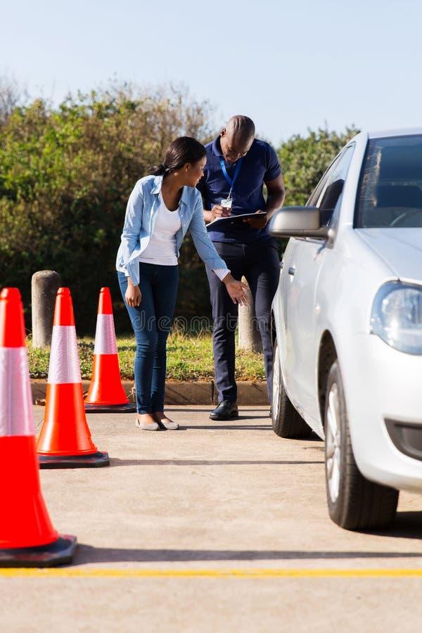Studentenfahrerlehrer stockfoto