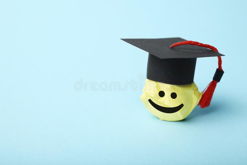 Studentenzahl, Lernen und Ausbildungskonzept lizenzfreies stockbild