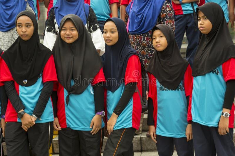 Studentesse malesi in Kuala Lumpur fotografia stock