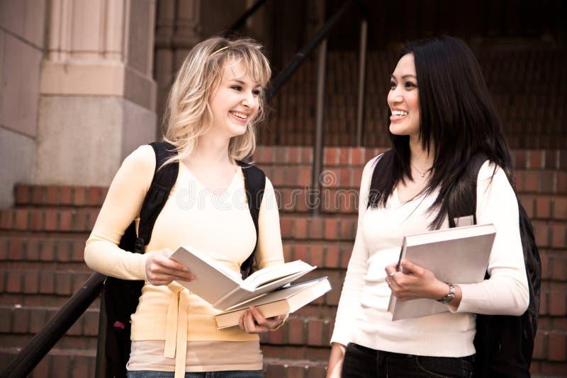 Studenti di college fotografia stock libera da diritti