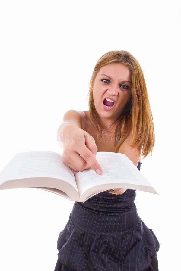 Studentin zeigt, dass das Lernen hart ist stockfoto