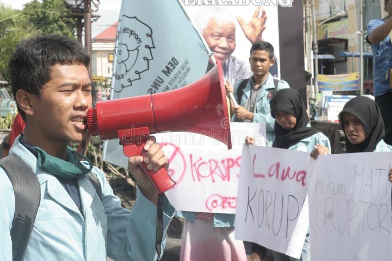 Studentprotest mot korruption i solo staden, Indonesien royaltyfria foton