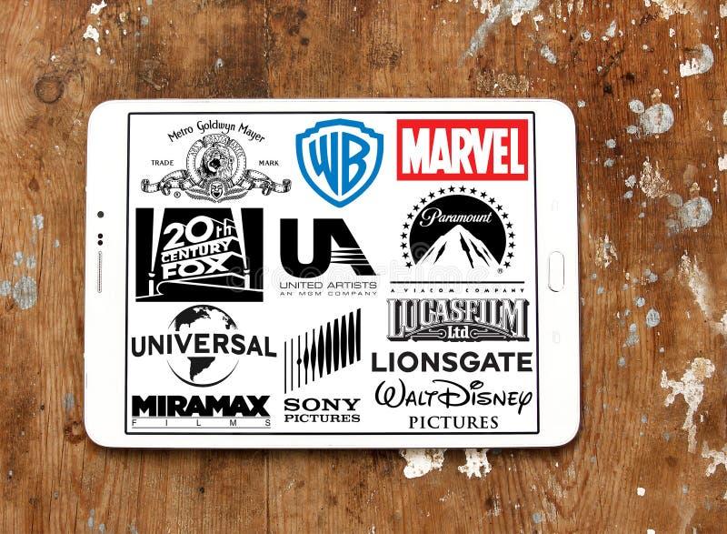 Studia filmowe, kino, film produkci ikon logowie zdjęcie royalty free