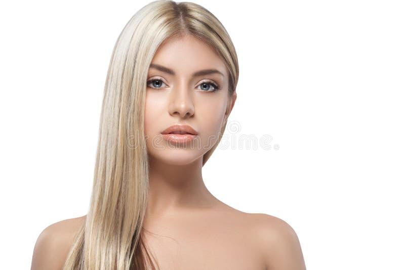 Studio blond de visage de portrait de belle femme image stock
