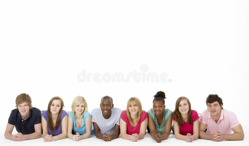 studio de groupe d'amis d'adolescent image libre de droits