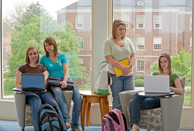 studio degli studenti di college fotografia stock