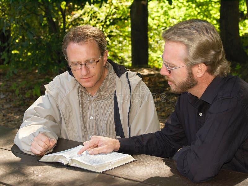 Studio della bibbia immagini stock libere da diritti