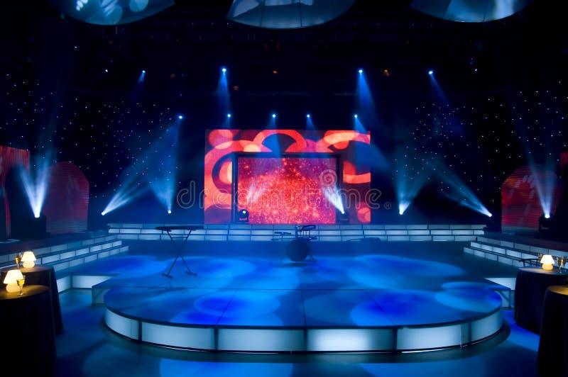 Download Studio della TV fotografia stock. Immagine di neon, dell - 3889850
