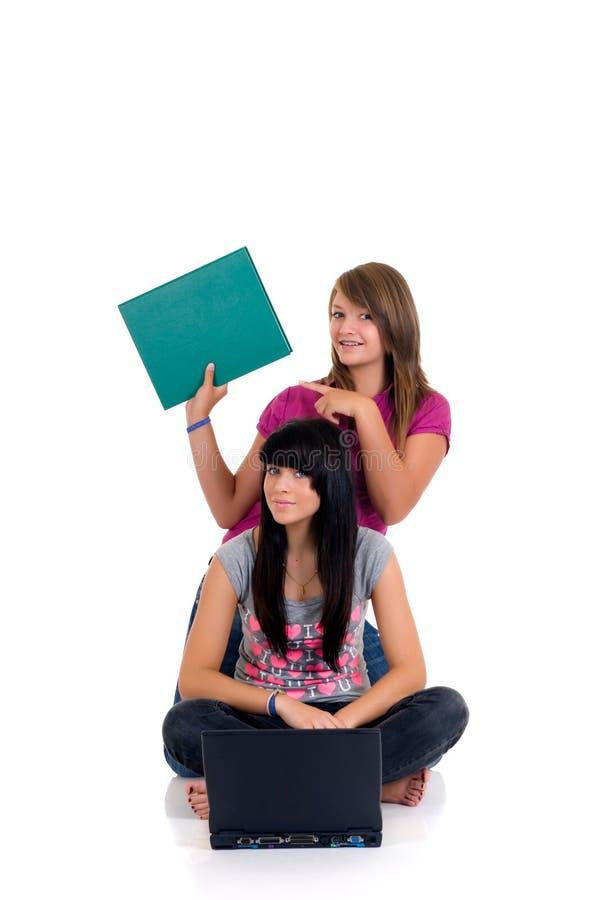 Studio delle ragazze dell'adolescente fotografia stock libera da diritti