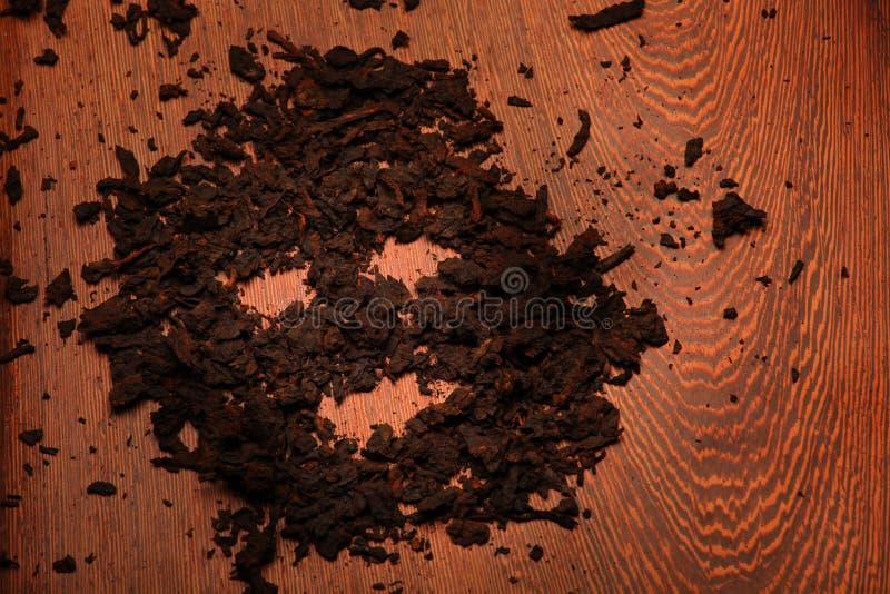 Studio en bois de fond de thé chinois noir photos stock