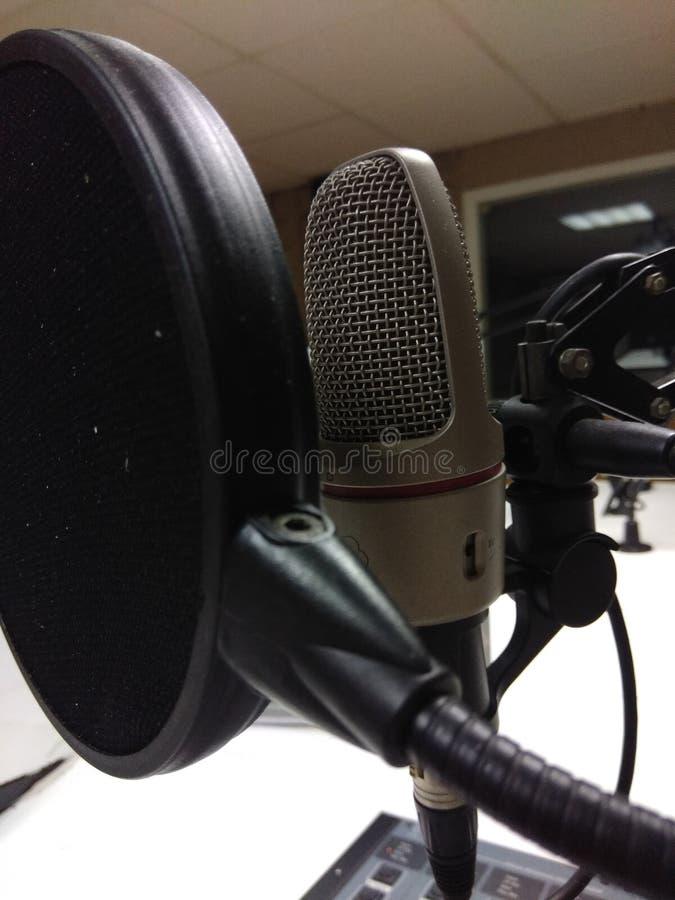 Studio mic - TV-sändning royaltyfria foton