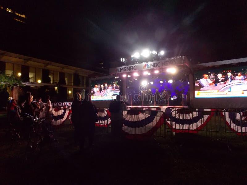 Studio MSNBC im Freien in Philadelphia während DNC-Versammlung lizenzfreies stockfoto