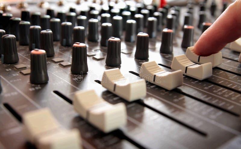 Mixeur son professionnel images libres de droits