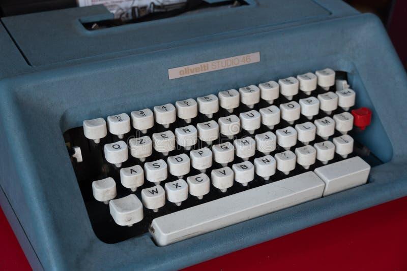 Studio 46 van Olivetti schrijfmachine stock afbeelding