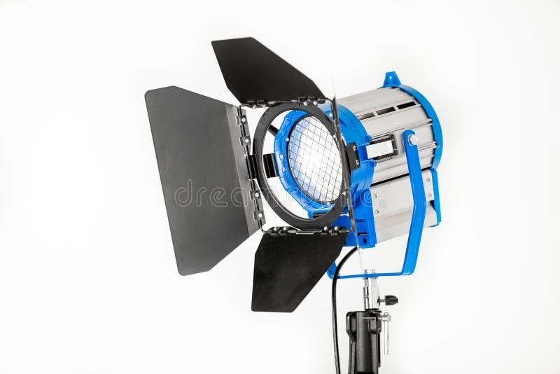 Studiolicht van constant licht op een witte achtergrond royalty-vrije stock foto