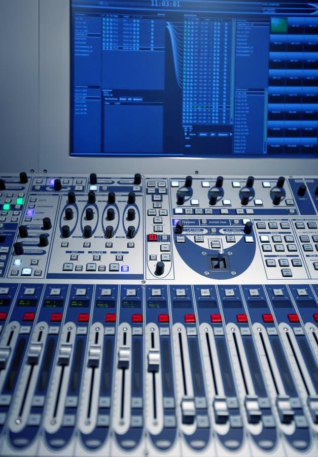 Studiomusikmischer stockfotografie