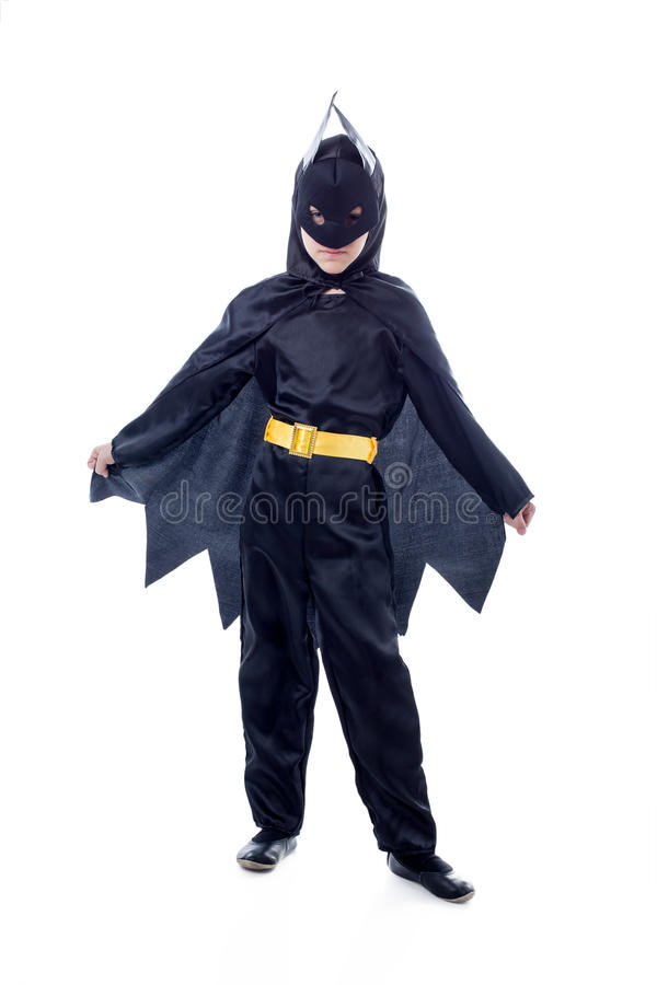 Studion sköt av den gulliga pojken som kläddes som Batman royaltyfri bild