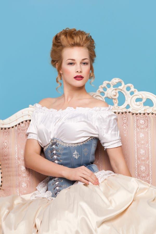 Studioskott i den Marie Antoinette stilen fotografering för bildbyråer