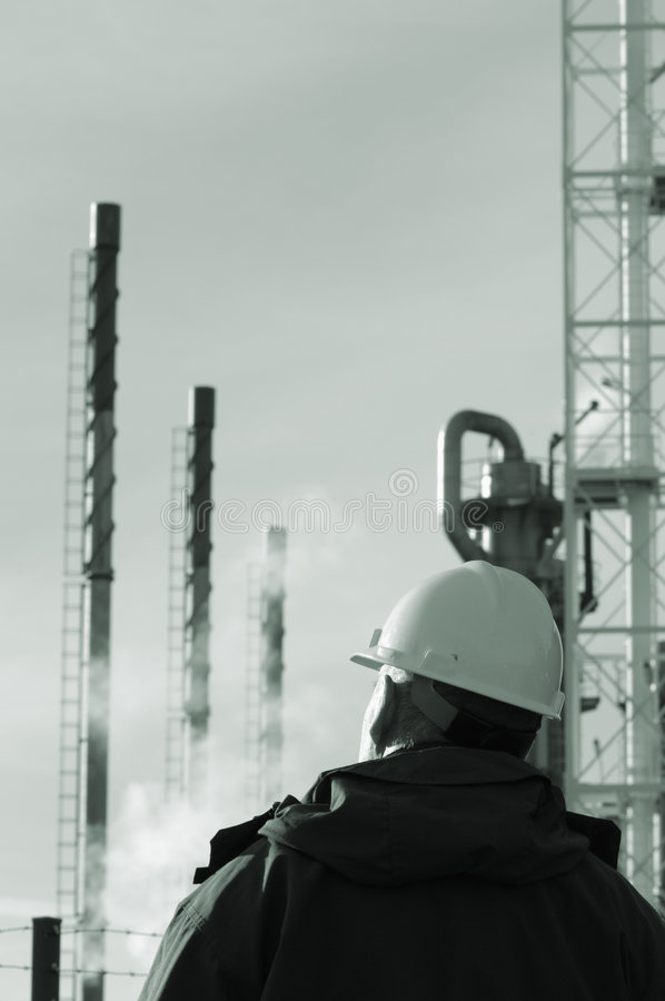 Free Studying An Oil Refinery Stock Photos - 3521553