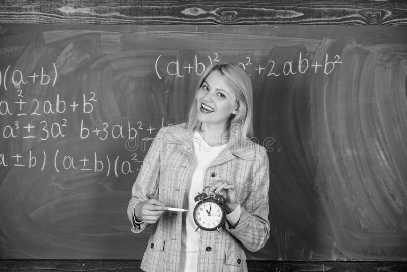 studytid till Välkommet lärareskolår Se utbildare för arbetskraft för hängivet lärarekomplement kvalificerade skola royaltyfria bilder