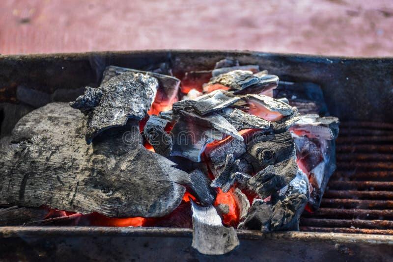 Stufa della griglia del carbone fotografia stock