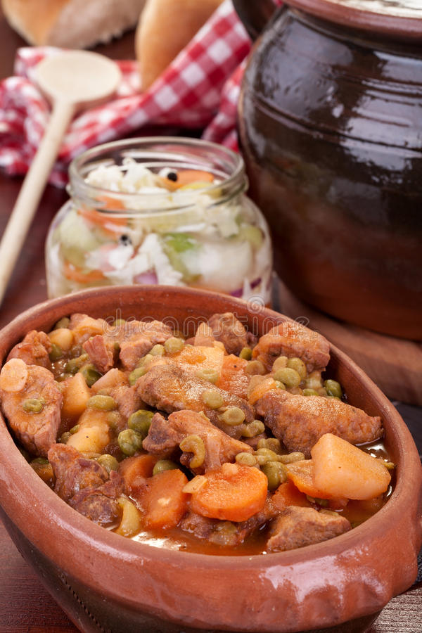 Stufato della carne di maiale o del goulash fotografia stock