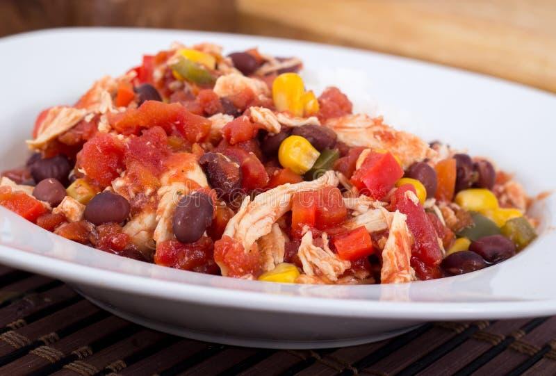 Stufato di pollo messicano del peperoncino rosso immagine stock libera da diritti