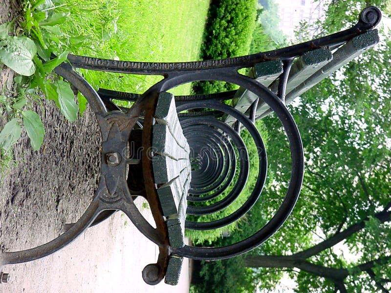 Stuhl in Central Park lizenzfreie stockbilder