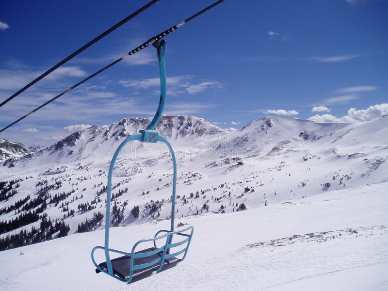 Stuhl in den Bergen lizenzfreies stockfoto