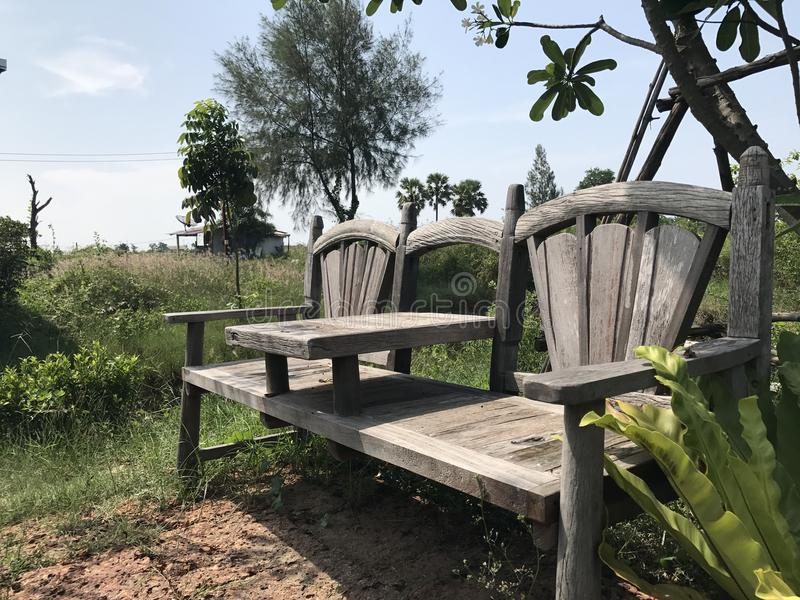Stuhl in der Natur stockbilder