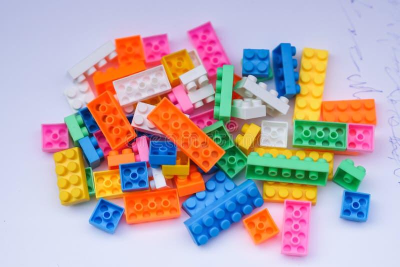 Stuk speelgoed bakstenen royalty-vrije stock foto's