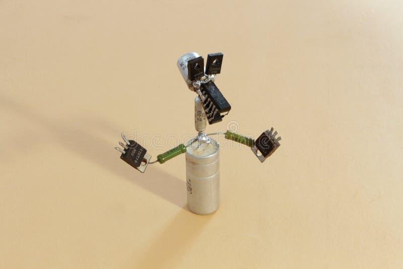 Stuk speelgoed dier van oude radiocomponenten royalty-vrije stock foto's